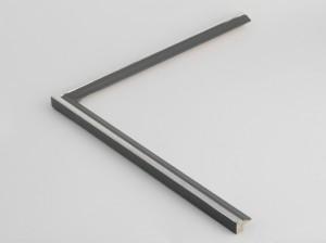 Profil 200150 Ausführung Echtsilber, schwarzes Poliment, Front farbig C13